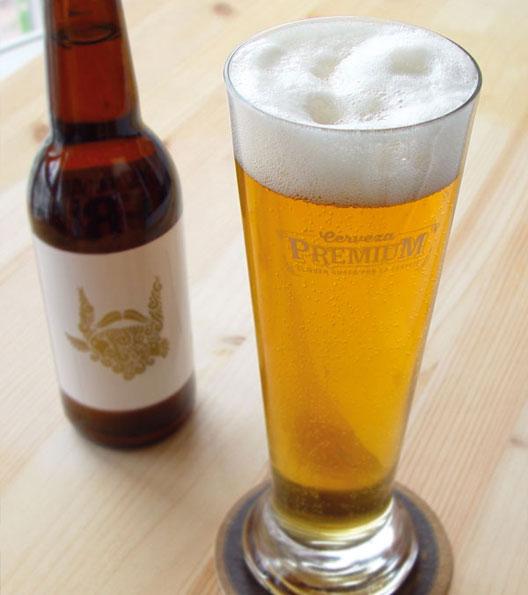 Cerveza Artesana sanfrutos trigo